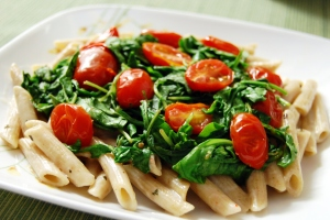 Arugula tomato pasta with cream sauce